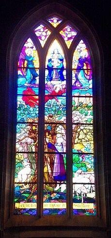 הויטראז' בכנסיה של רושפור