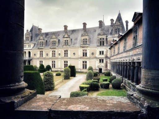 הנשים האומללות של טירת שאטובריאן (Chateaubriant)