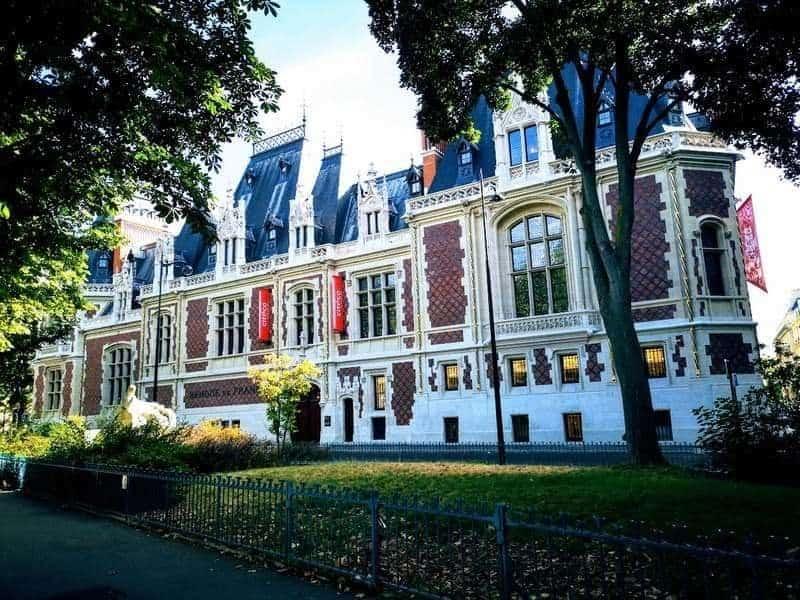 ביתו של הברון גאייר שהפך למוזיאון הכלכלה. צילם: צבי חזנוב