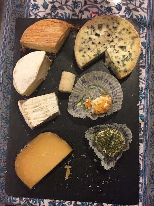 פלטת גבינות. צילום: מרים אדרי