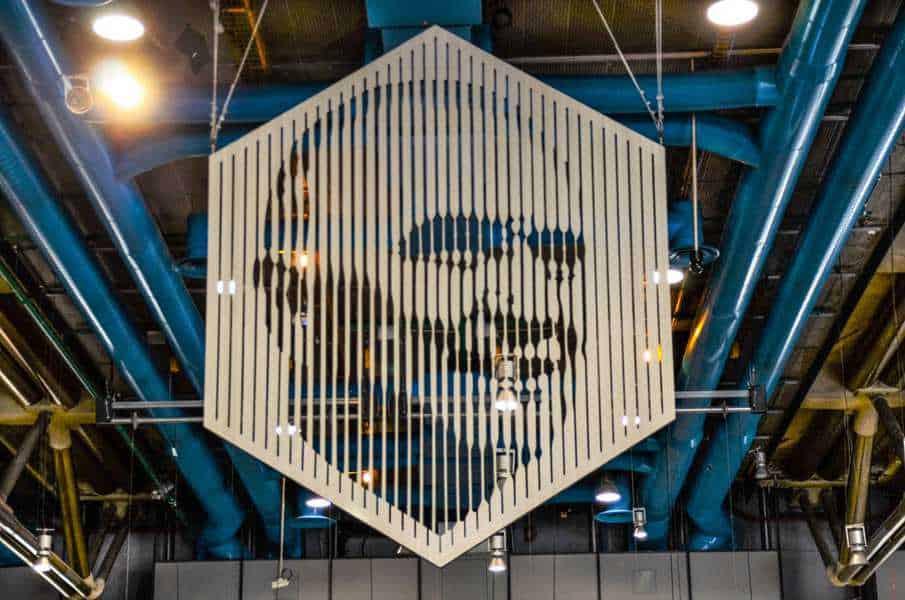 פורטר של ז'ורז' פומפידו בתוך מרכז פומפידו. צילם: יואל תמנליס.