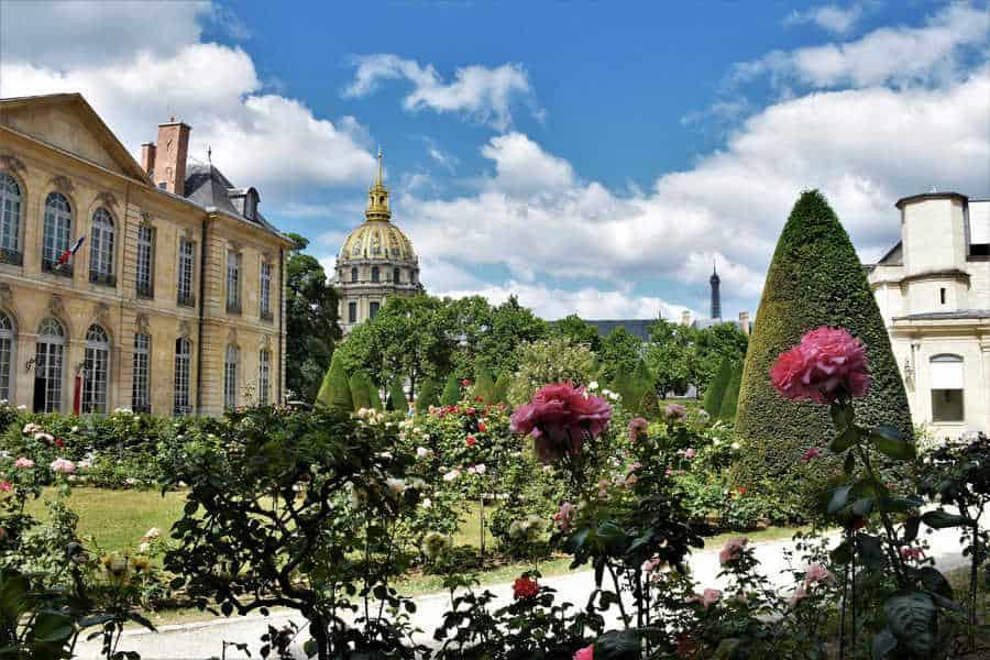 הגן המרהיב של הוטל דה בירון. צילם: יואל תמנליס