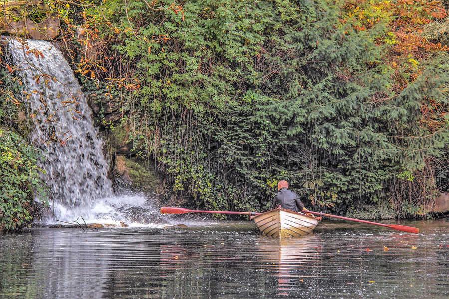 המפל בקצה האגם הגדול. צילם: יואל תמנליס