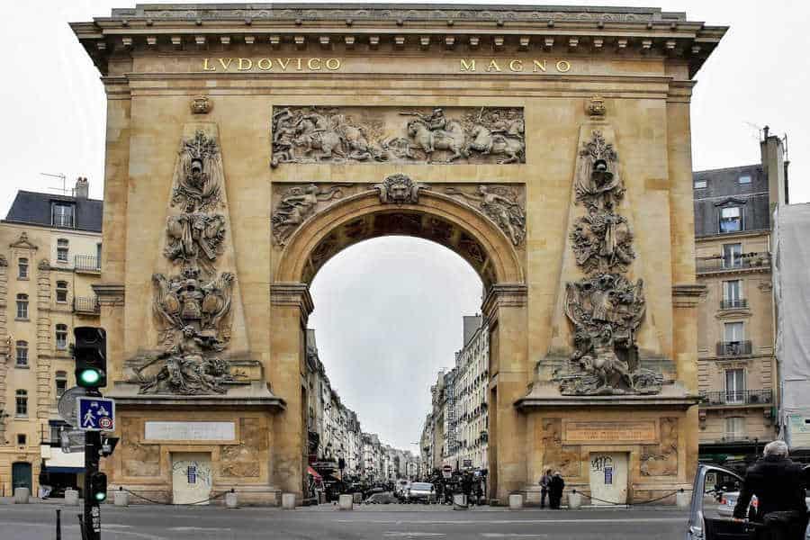 פורט סן דני (Porte Saint Denis). צילם יואל תמנליס