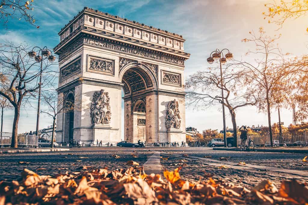 שער הניצחון של פריז - הידעתם שיש ארבעה כאלו?