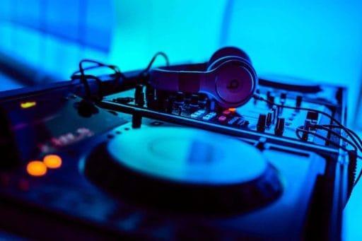 מסע מוזיקאלי בעקבות המוזיקה האלקטרונית הצרפתית