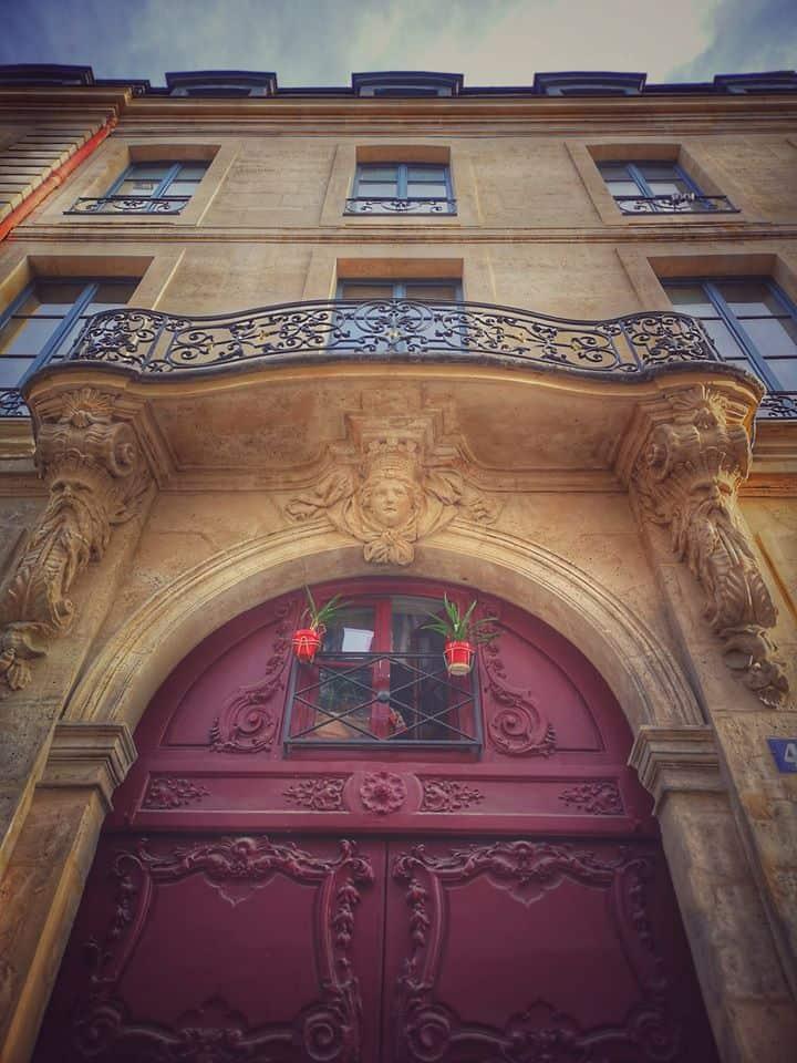היכן כדאי להתגורר בפריז?