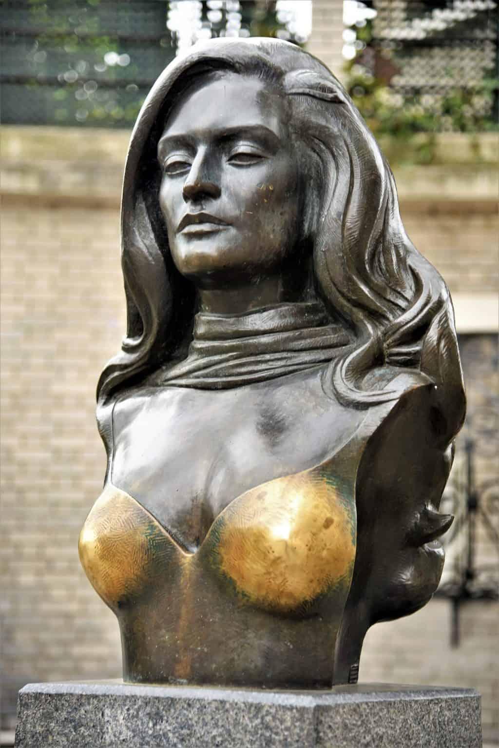 פסלה של דלידה. צילם: יואל תמנליס