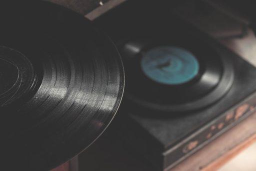 מסע מוזיקלי בעקבות הזמרות הצרפתיות הגדולות של שנות השישים