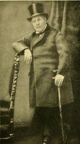הרוזן שארל לאון, בנו החורג של נפוליאון. מאת Moviyop. מקור צילום: ויקיפדיה.
