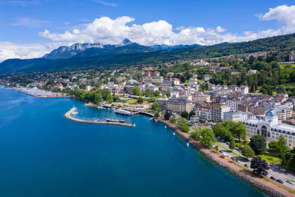 אביאן (Evian Les Bains)