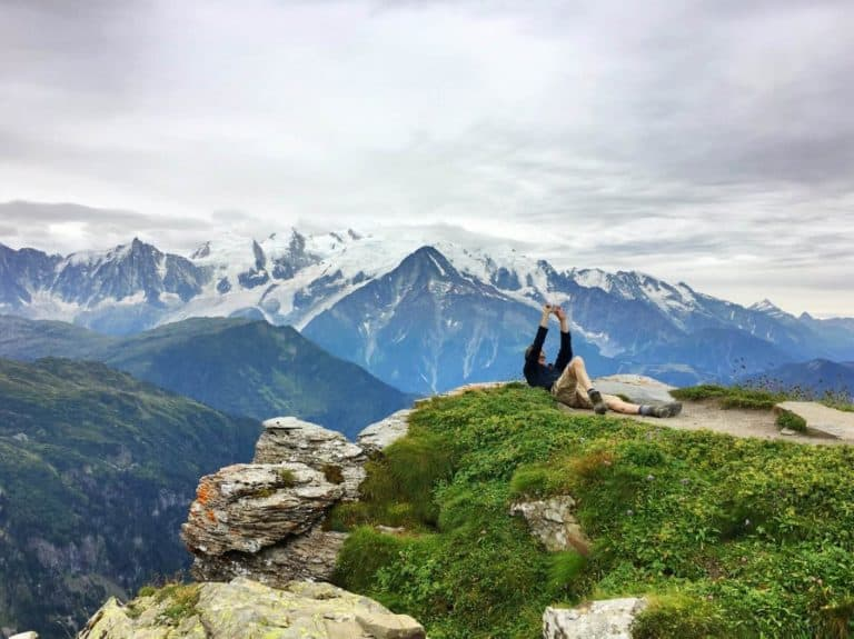 איך בונים טיול רגלי באלפים הצרפתיים? מדריך מאת יזהר דמטר
