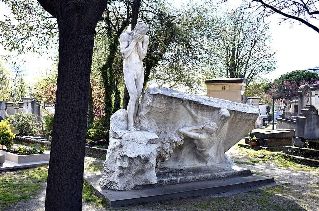 פרידתו של זוג. פסל מאת אליס מרקה.