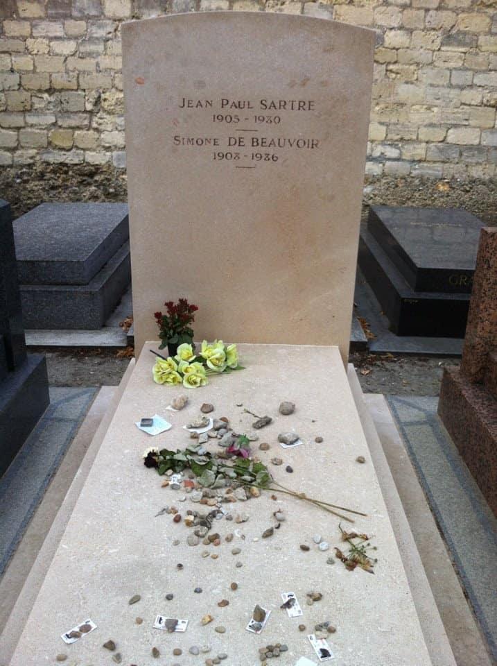 קברם של סארטר ובובואר. צילם: יואל תמנליס