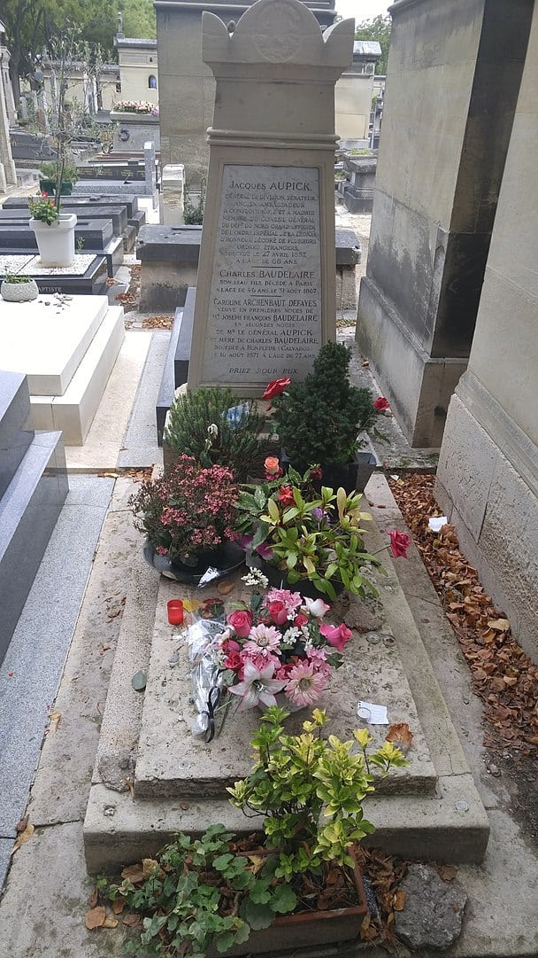 קברו של שארל בודלר. צילום: Mazhavy. מקור צילום: ויקיפדיה.