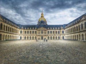 """האינווליד (Les Invalides) - כש""""בית החייל"""" הופך לארמון מפואר"""