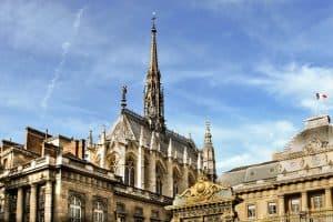 סנט שאפל (Sainte Chapelle) - מזכרת יפהפייה ממלך פסיכופת