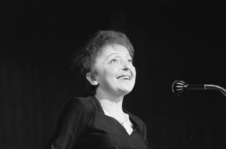 """אדית פיאף – שיחה עם ד""""ר אביב אמית על חייה ויצירתה"""