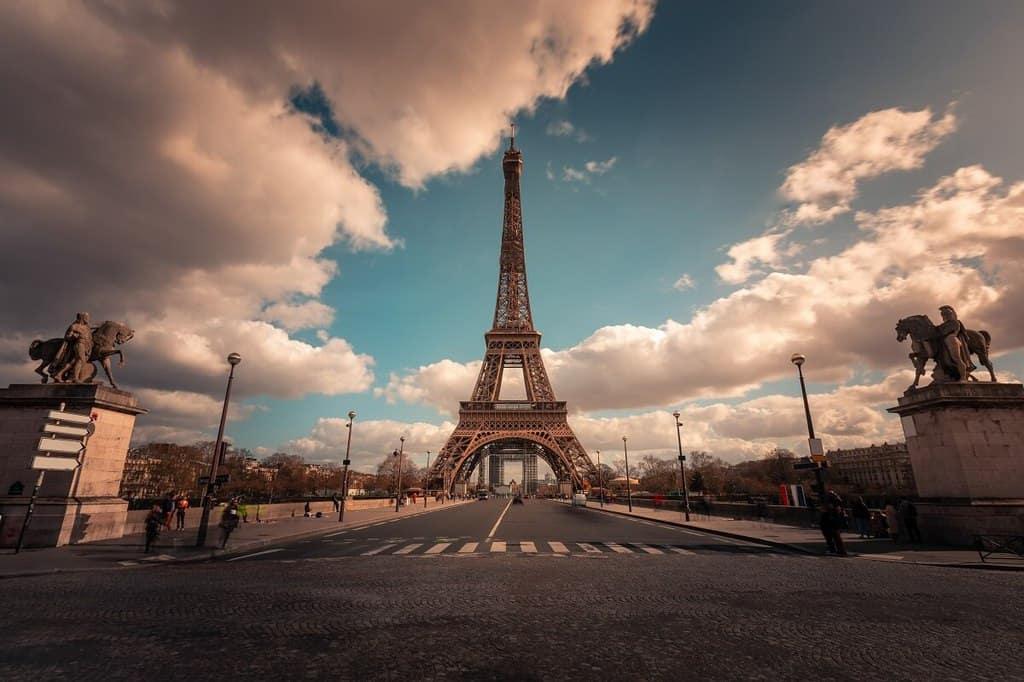 השכרת רכב בפריז