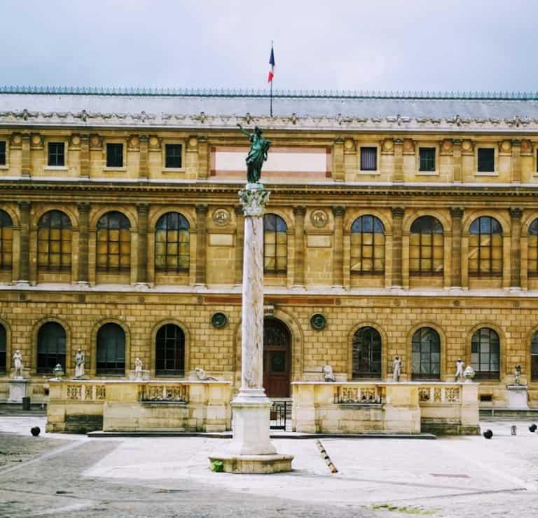 בית הספר לאומנויות של פריז (École des Beaux Arts) ולידתה של הבוהמה