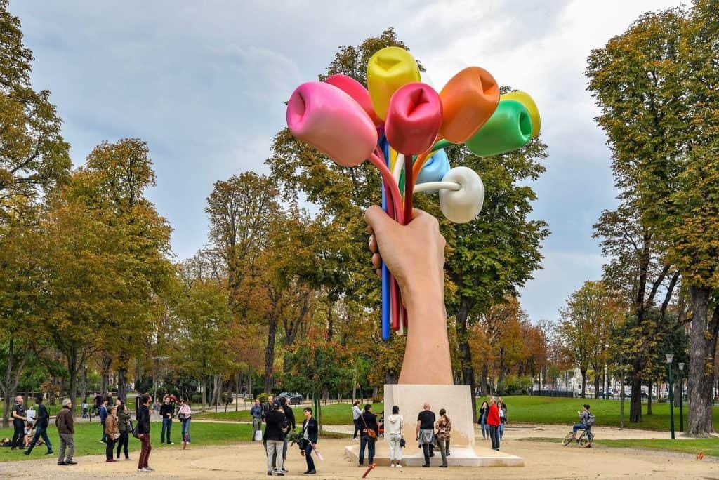 10 פסלים בפריז שחובה לראות מאת יואל תמנליס