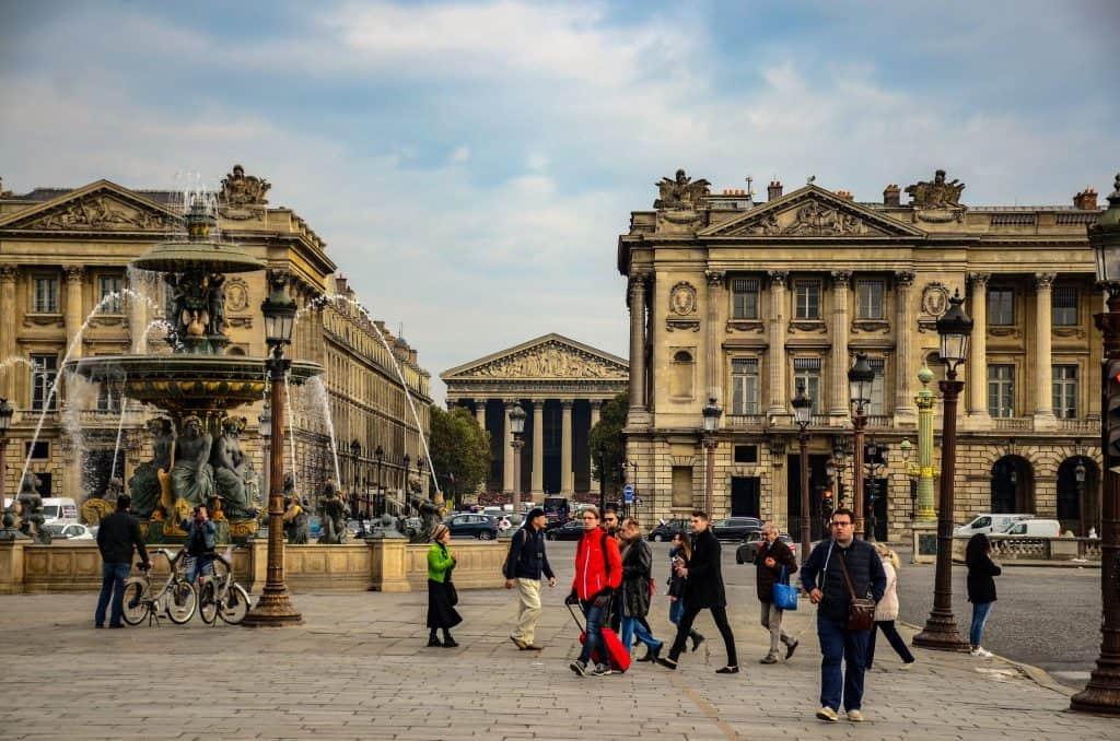 אוטל דה לה מרין (הארמון מצד ימין). צולם על ידי יואל תמנליס