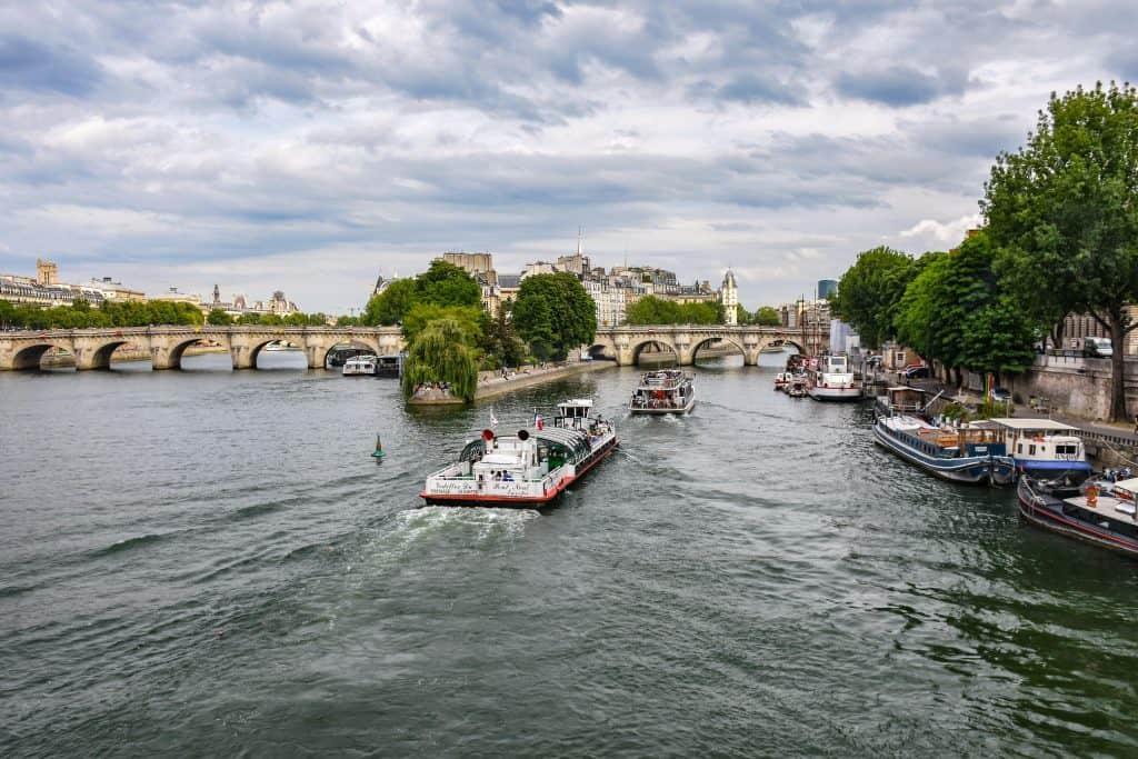 """נהר הסיין והגשרים - ה""""בולבאר"""" היפה ביותר של פריז"""