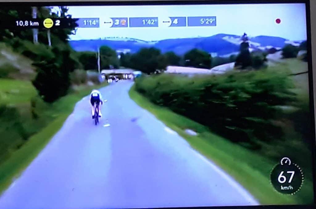 צילום שני של הטור דה פראנס מהטלוויזיה של נמרוד נגב