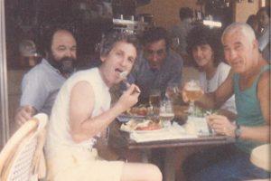 פריז 1986 - מונפארנס עם ישראל גוריון ומשה נעים. הצילום ניתן באדיבותה של עידית נחומי