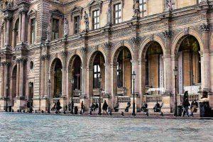 מוזיאון הלובר בפריז - כיצד הוא נוצר ואיך אפשר לשרוד אותו?. צילם יואל תמנליס.