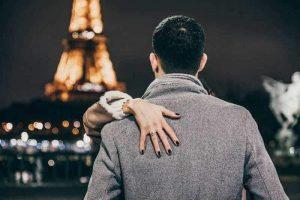 הפרנקופיל מחפש אהבה (לאו דווקא בפריז). צילום: לירן אוטמכר.
