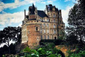 שאטו דה בריסאק (Brissac) - כשפוגשים את הדוכס מטייל בגן הארמון