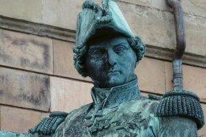פסלו של ברנדוט. מקור צילום: ויקיפדיה.
